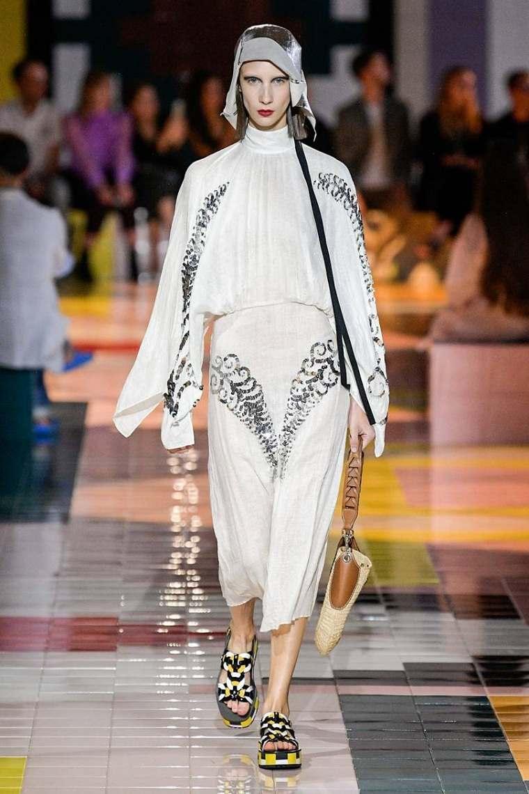 Prada-vestido-estilo-2020