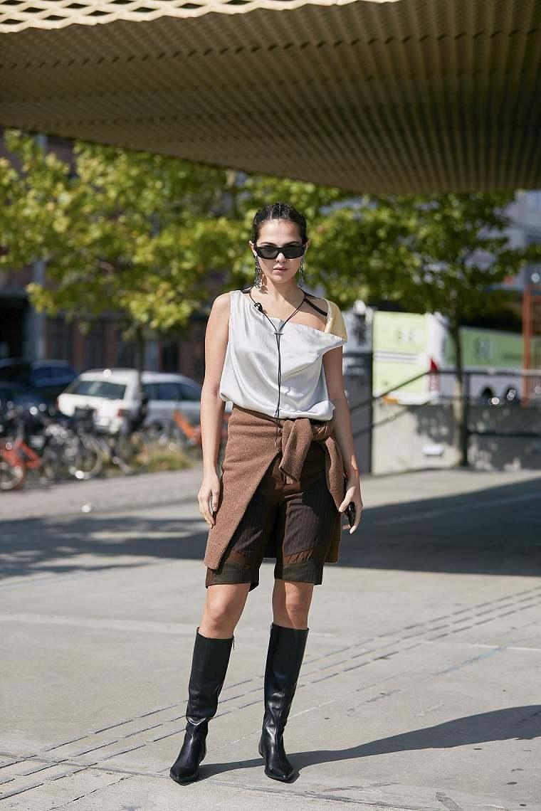Tendencias moda primavera verano-pantalon-rodilla
