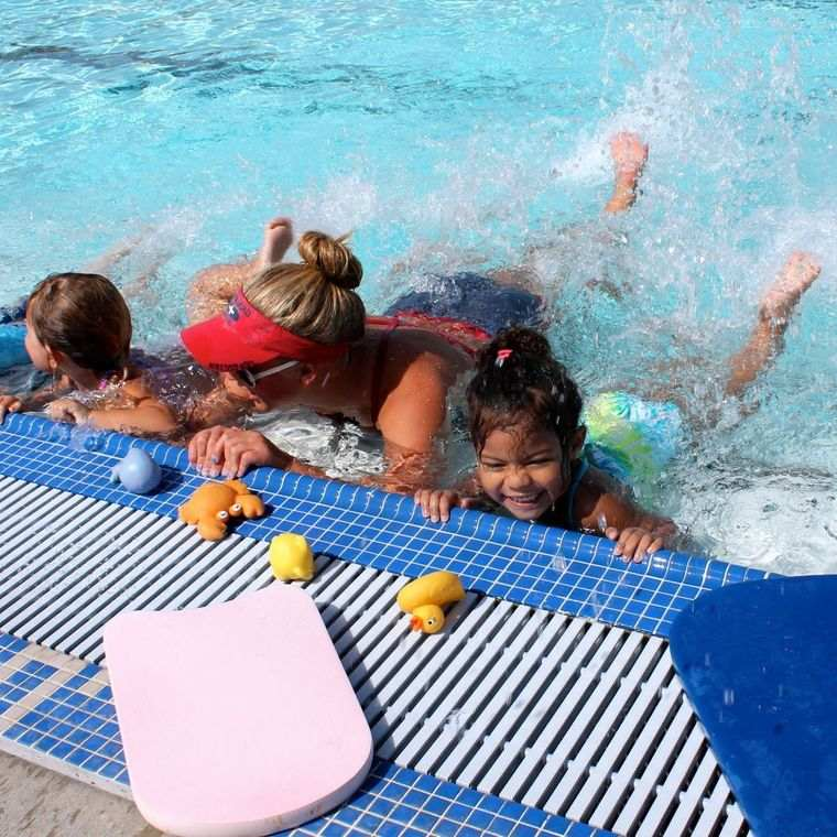 aprender a nadar con diversion