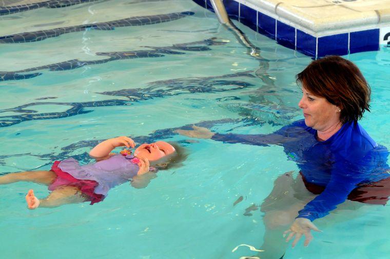 aprender a nadar constancia