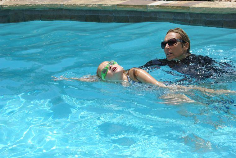aprender a nadar deporte