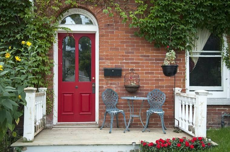 atraer-la-buena-suerte-casa-puerta-roja