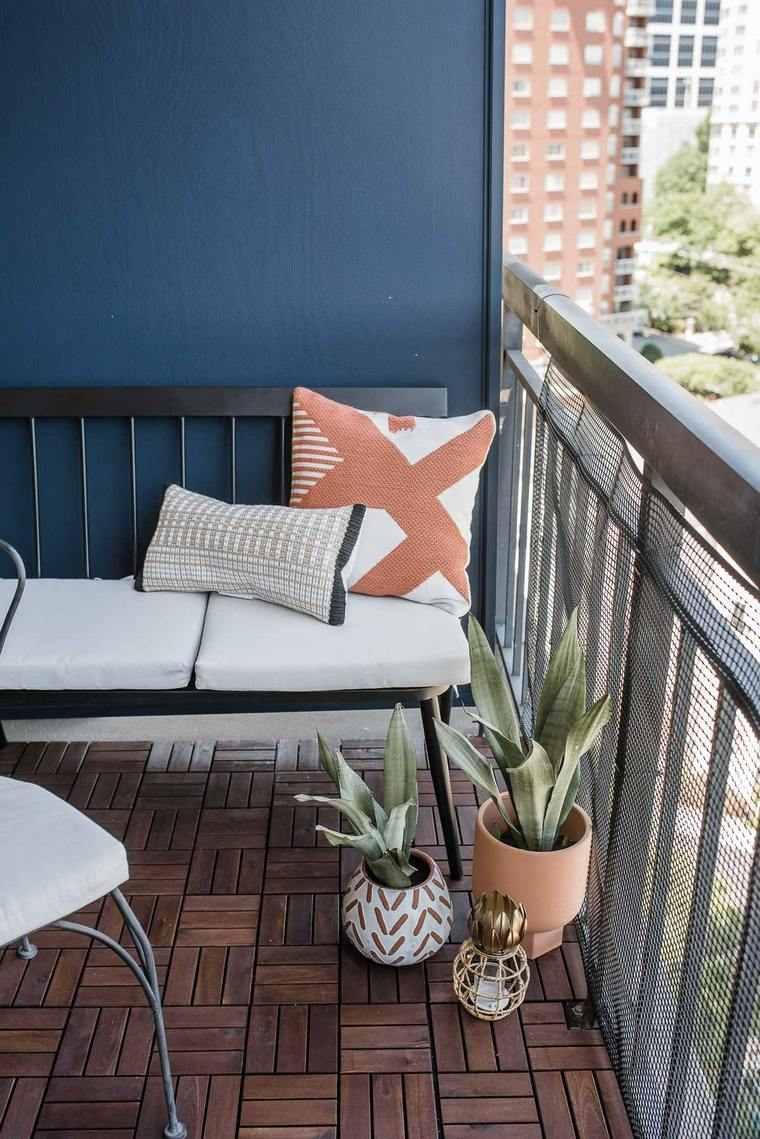balcon-pequeno-diseno-banco-plantas