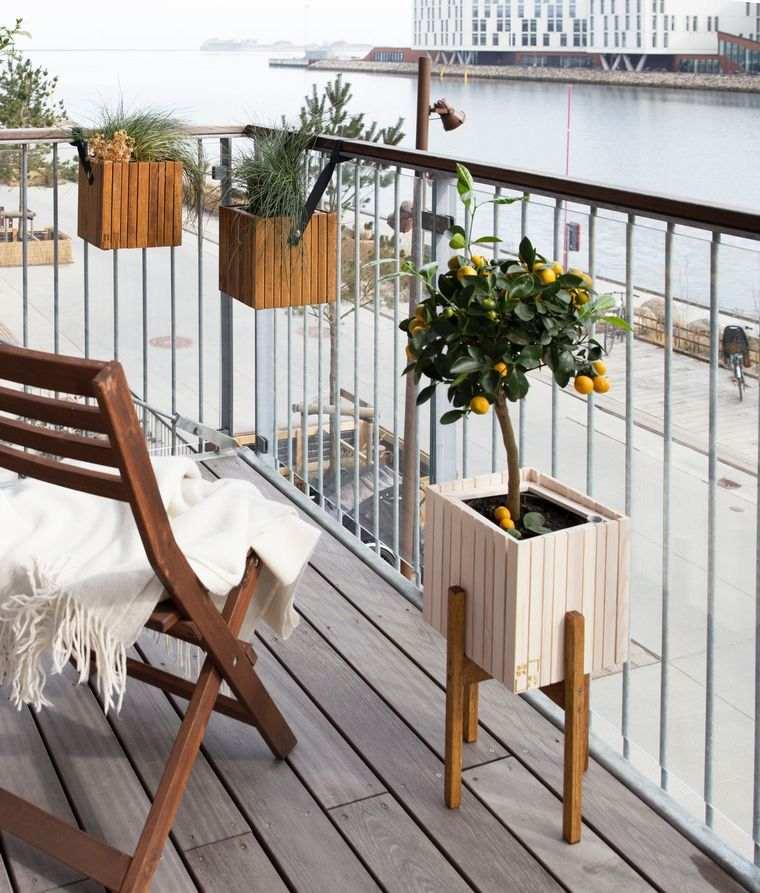 balcon-pequeno-diseno-macetas