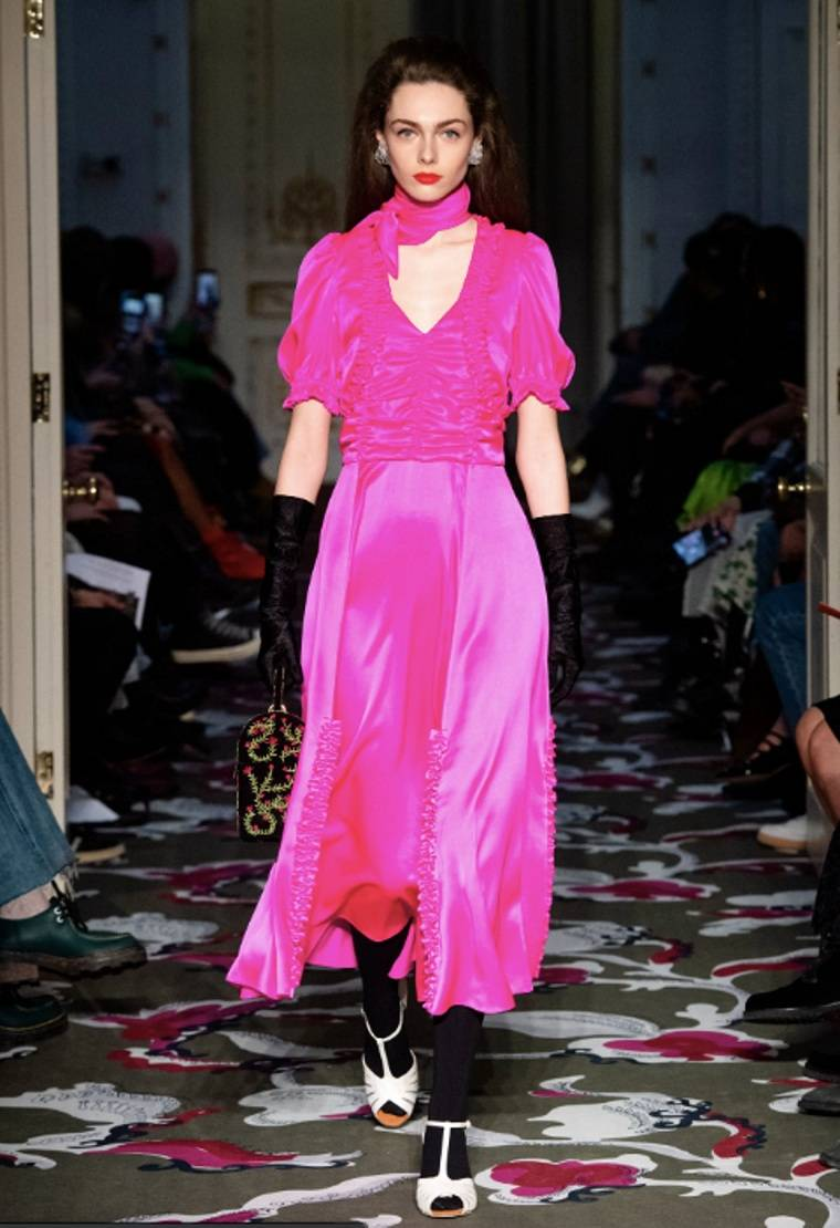 color-rosa-fucsia-estilo-vestido-largo