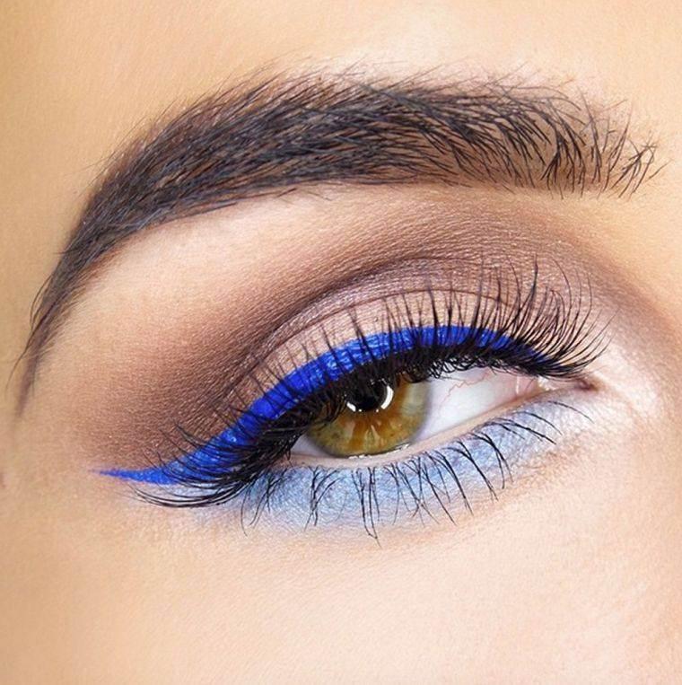 delineador-color-azul-estilo