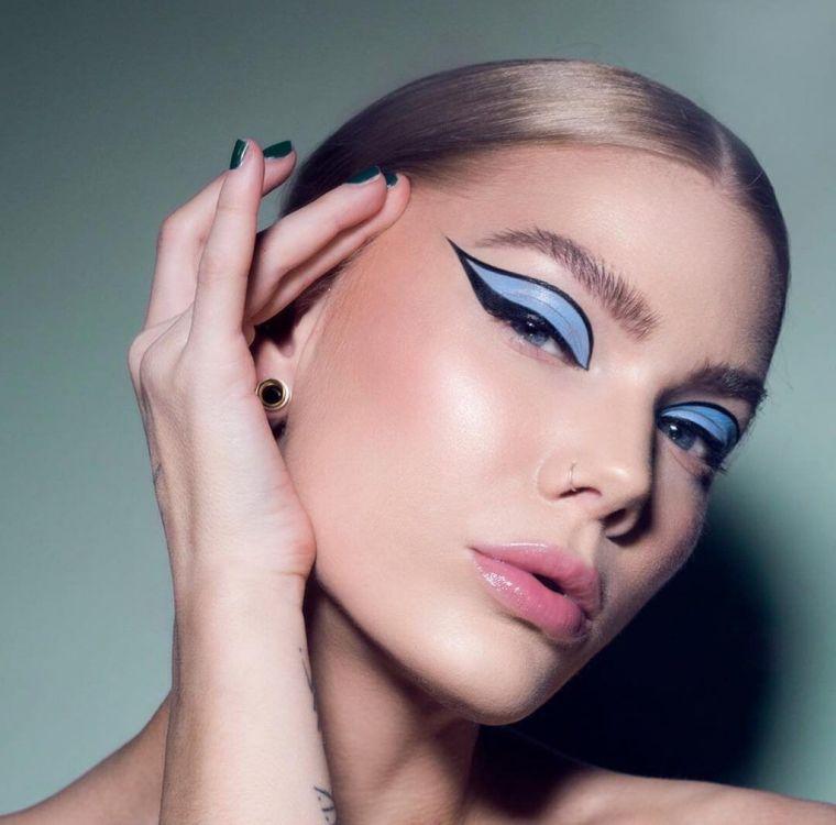 maquillaje-azul-negro