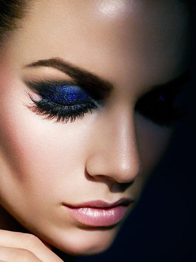 maquillaje-azul-noche