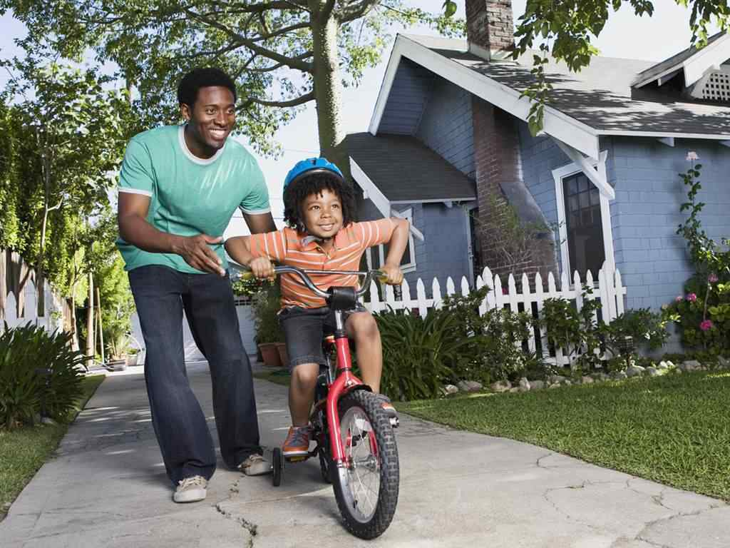 montar en bici-nino-aprender-ideas