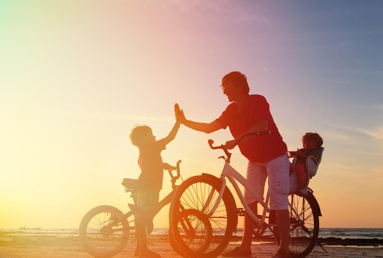 montar en bici-nino-aprender