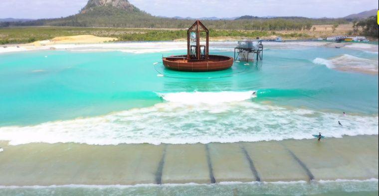 piscina con olas tecnologia unnica