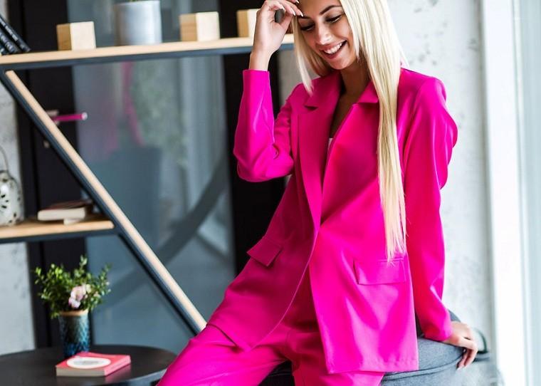 rosa fucsia-idea-traje-mujer