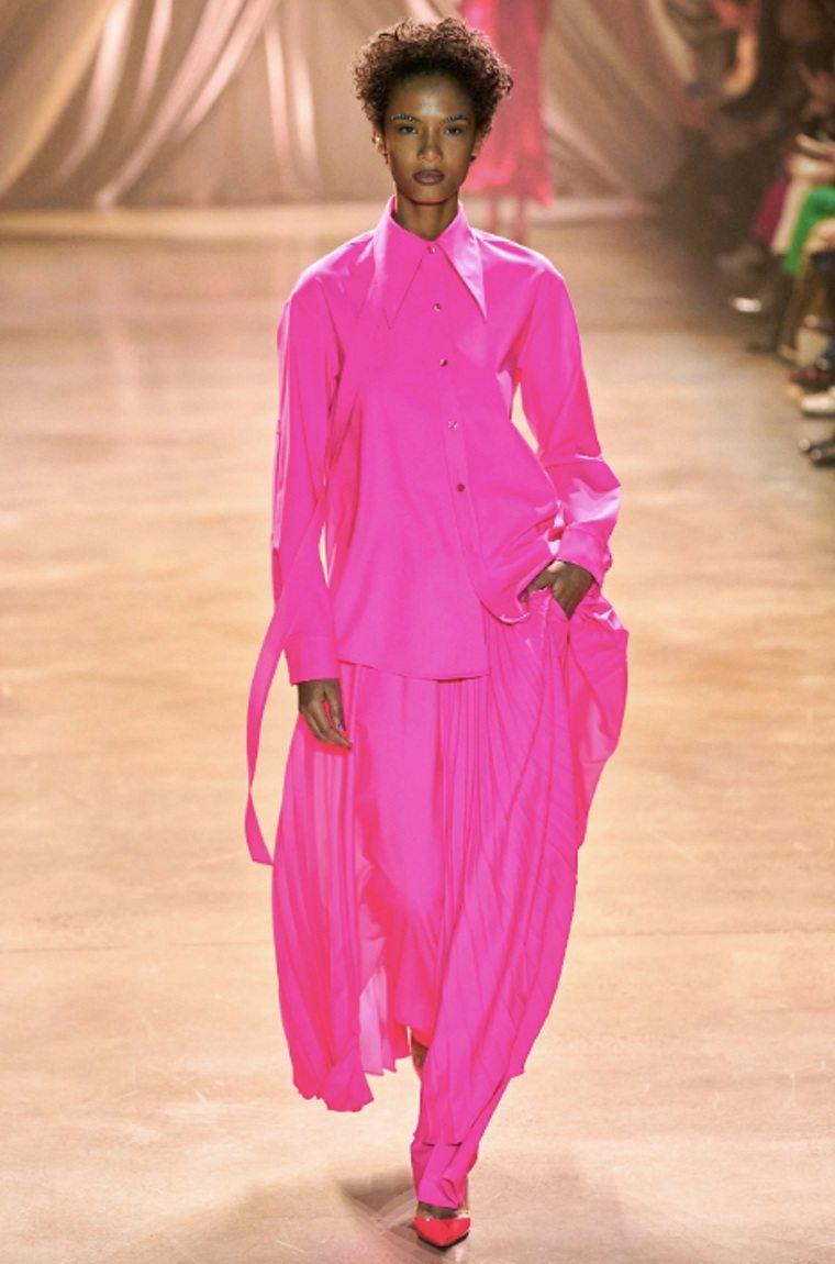 rosa-fucsia-traje-primavera-verano
