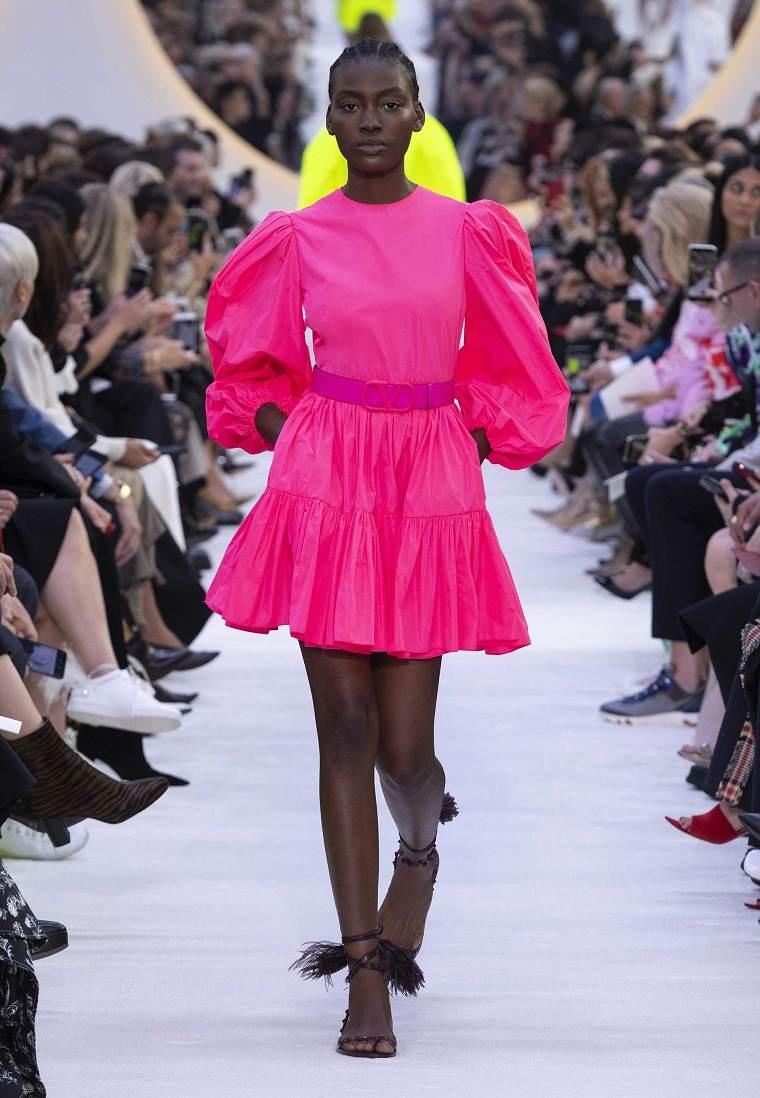 rosa-fucsia-vestido-diseno-valentino