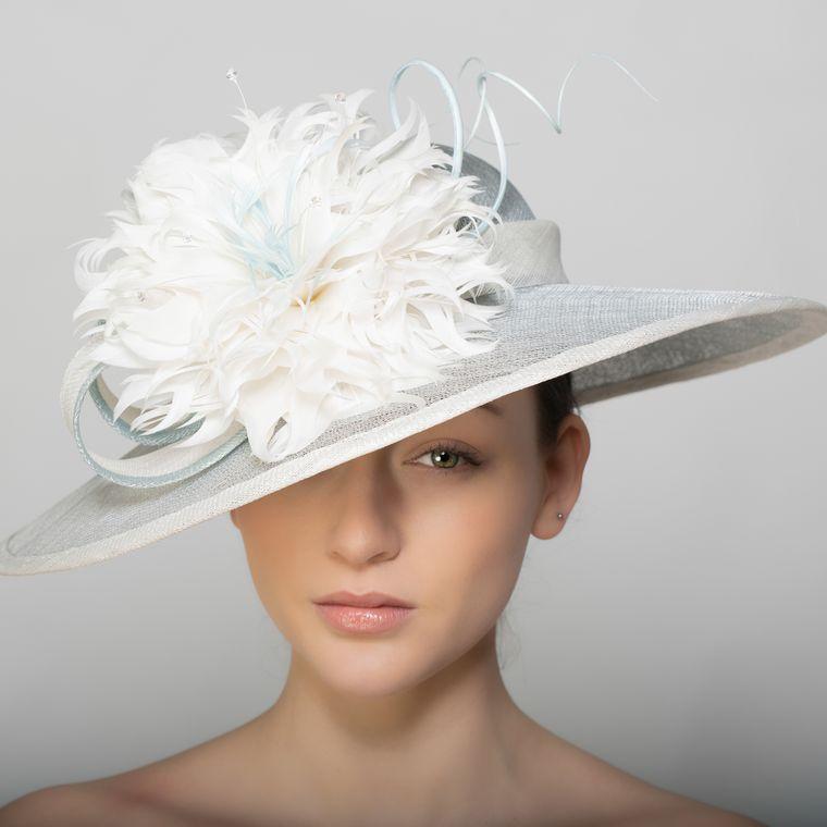 sombreros de verano elegante plumas