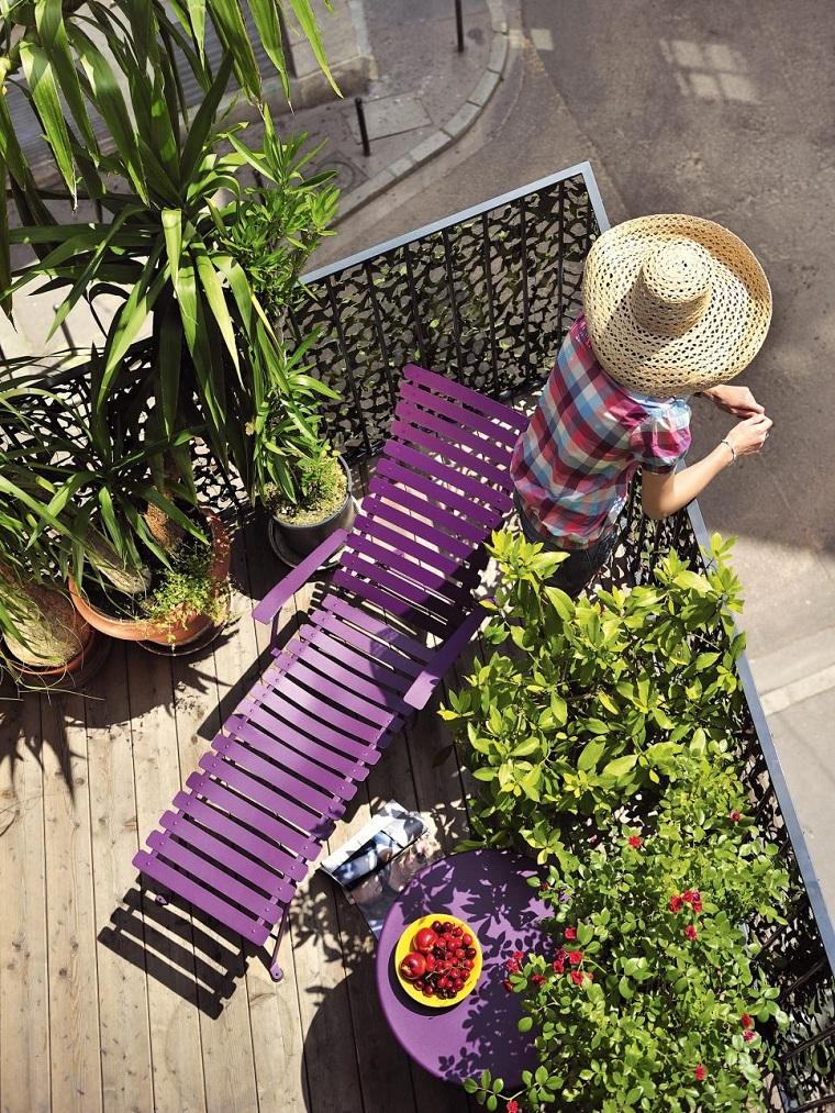 tumbona-purpura-balcon-diseno