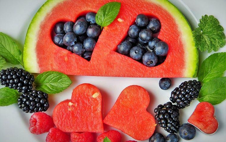 Frutas-saludables-raciones-permitidas-frutas