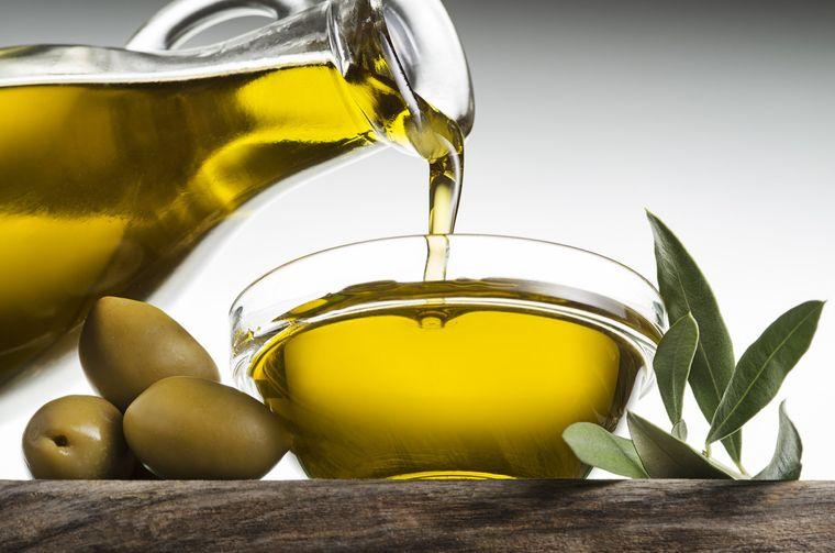 Aceite de oliva y sus beneficios para la salud incluyendo la piel y el cabello
