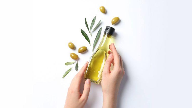 aceite de oliva cuidado manos