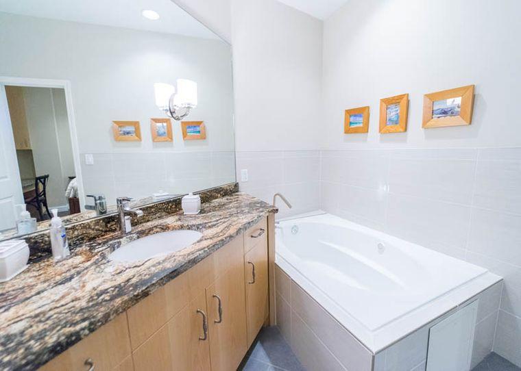 condominio subetrraneo baño