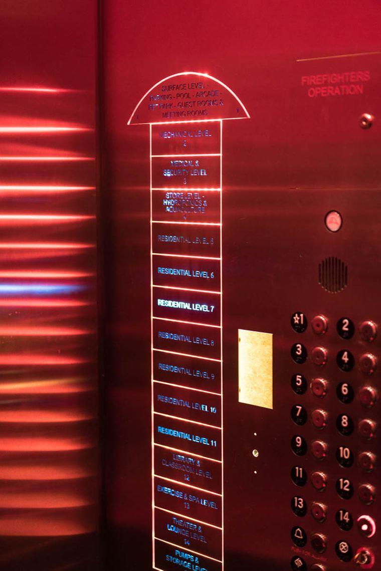 condominio subterraneo ascensor