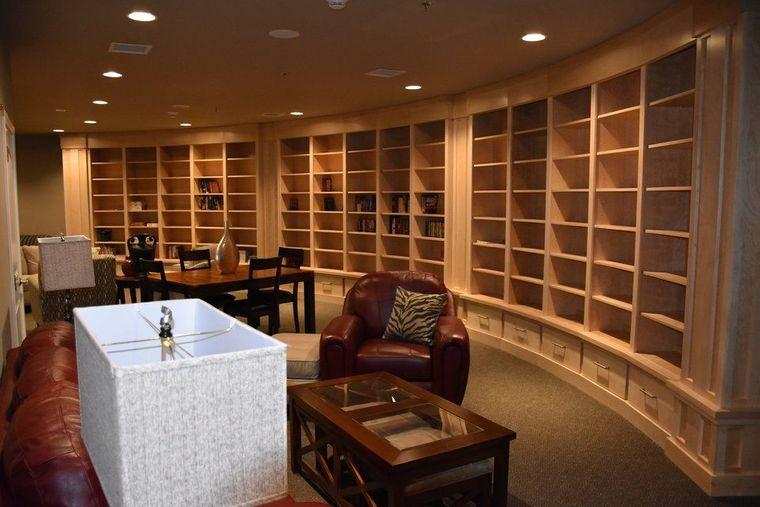 condominio supervivencia biblioteca
