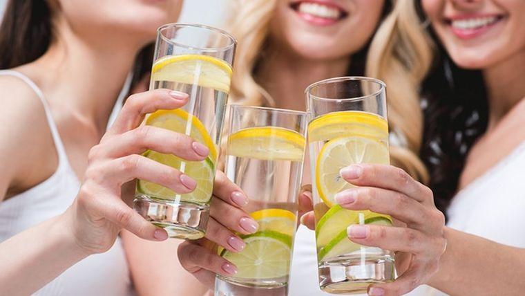 desintoxicar el cuerpo limon agua