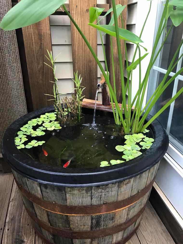estanque de barril madera