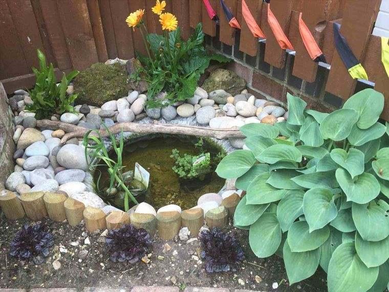 estanque esquina jardin