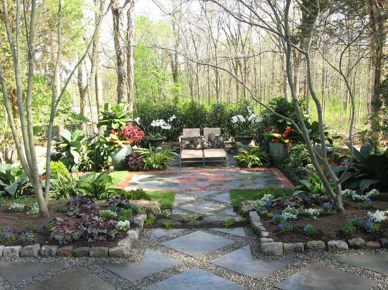 patio-diseno-plantas-macetas