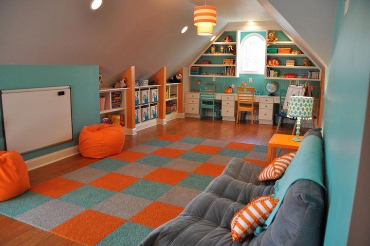 sala de juegos naranja azul