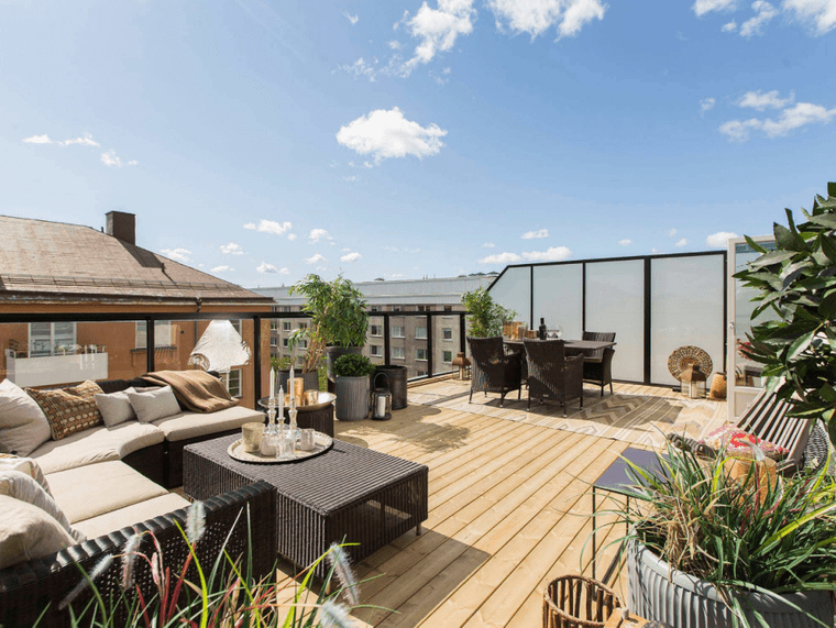 charming terraces to share
