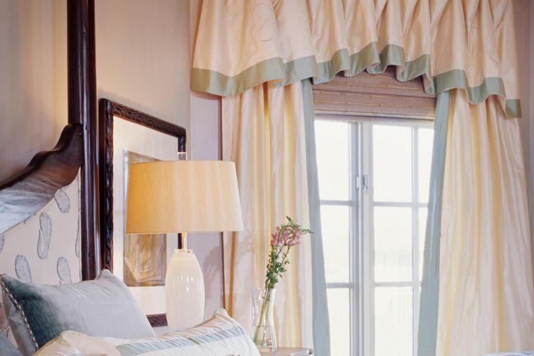 tipos de cortinas con cenefa