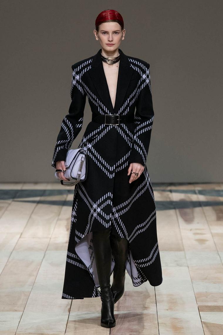 Alexander-McQueen-abrigo-cuadros-ideas