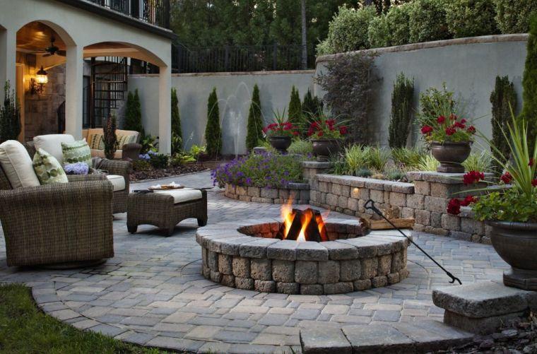 cambio de imagen decoracion piedras jardin