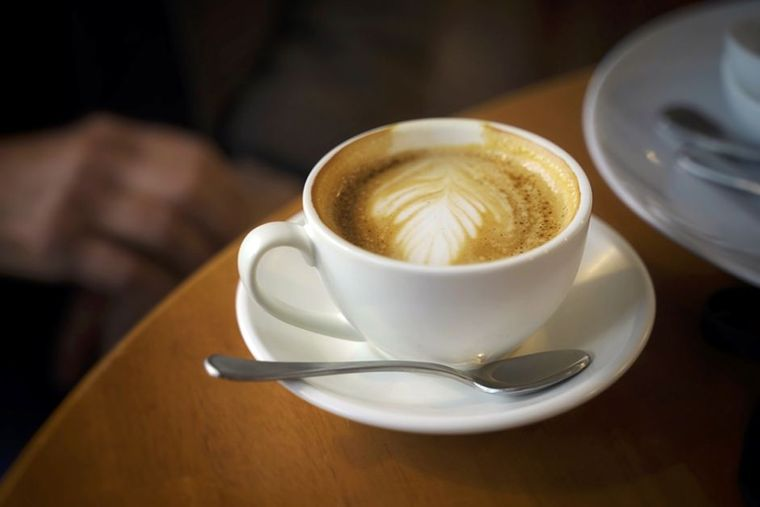 combinación de alimentos dañina cafe despues de comer