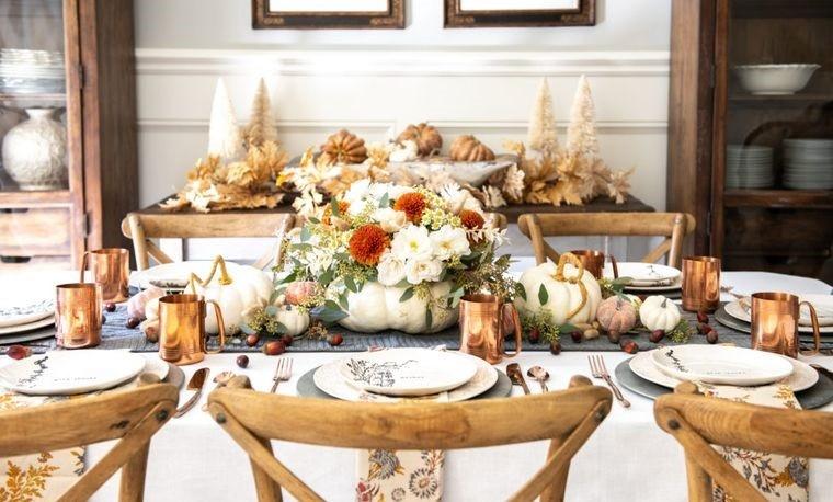 decoración mesa calabazas blancas