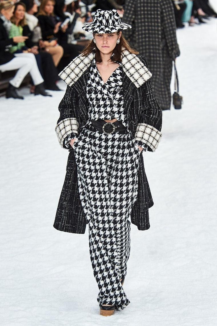 moda-otono-invierno-2020-blanco-negro