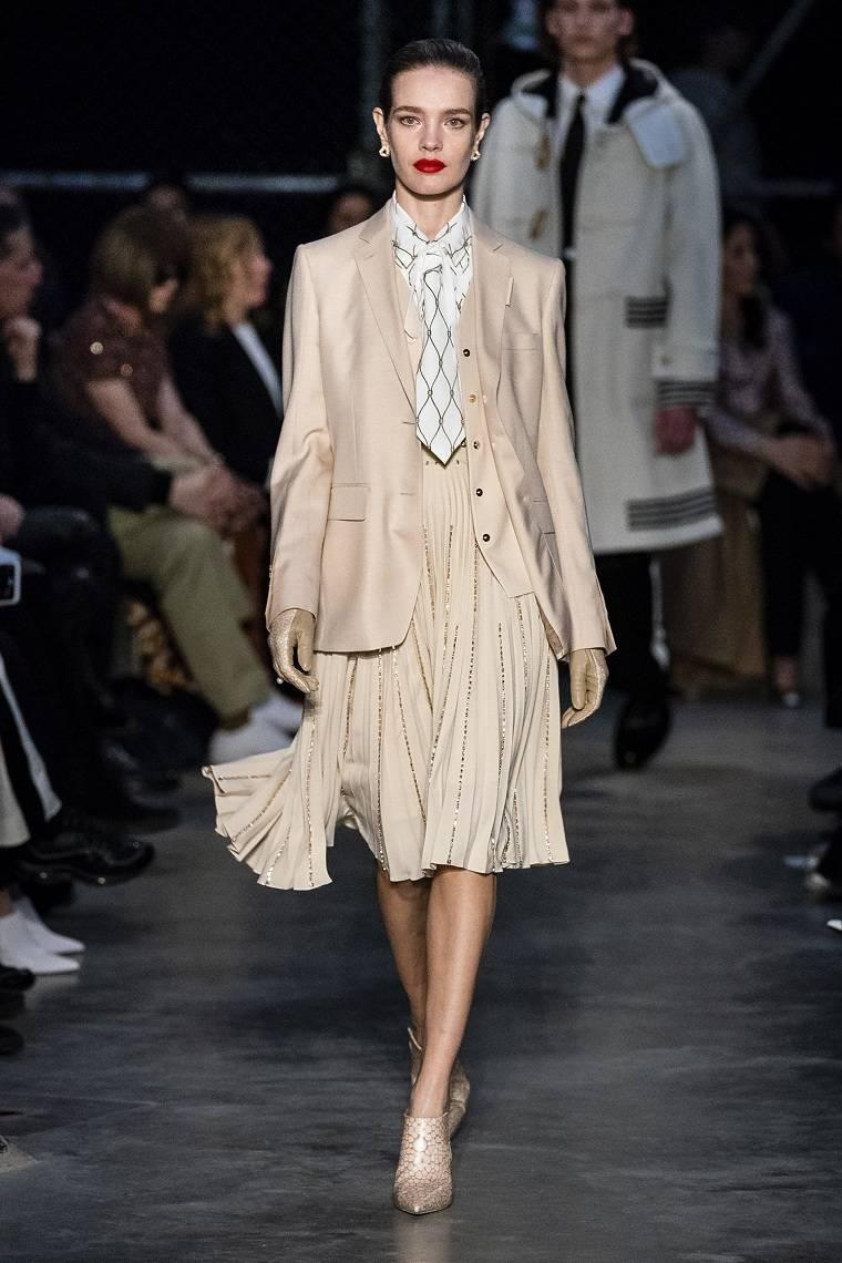 moda-otono-invierno-2020-burberry