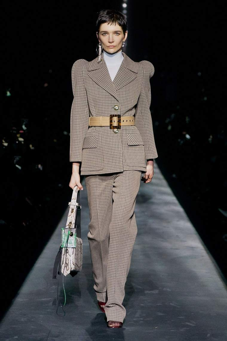tendencias-otoño-invierno-2020-traje-moda