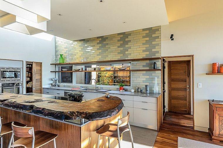 Cocinas color amarillo-gris-losas-pared