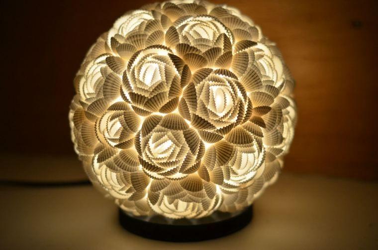 conchas marinas en diseño lampara