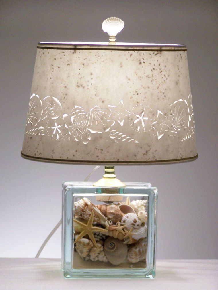 conchas marinas en lampara