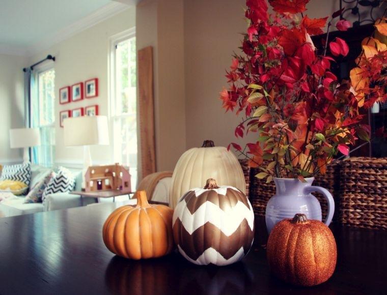 decoración de mesas de comedor calabazas decoradas