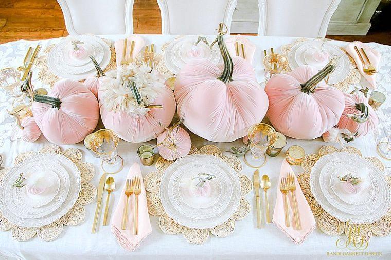 decoración de mesas de comedor calabazas rosa