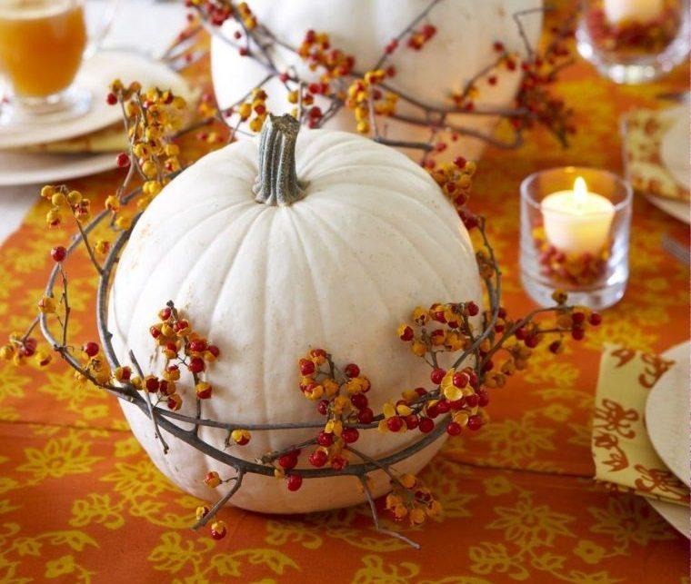 decoración de mesas de comedor naranja blanco