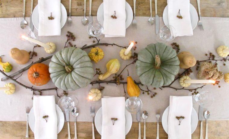 decoración de mesas de comedor ramas calabazas