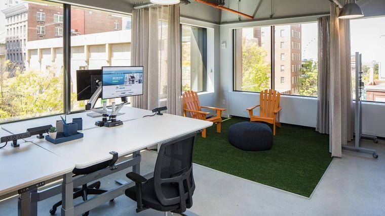 diseño de interiores espacio laboral