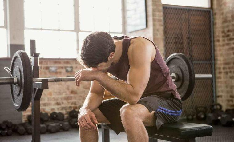 dolor muscular por fuertes ejercicios
