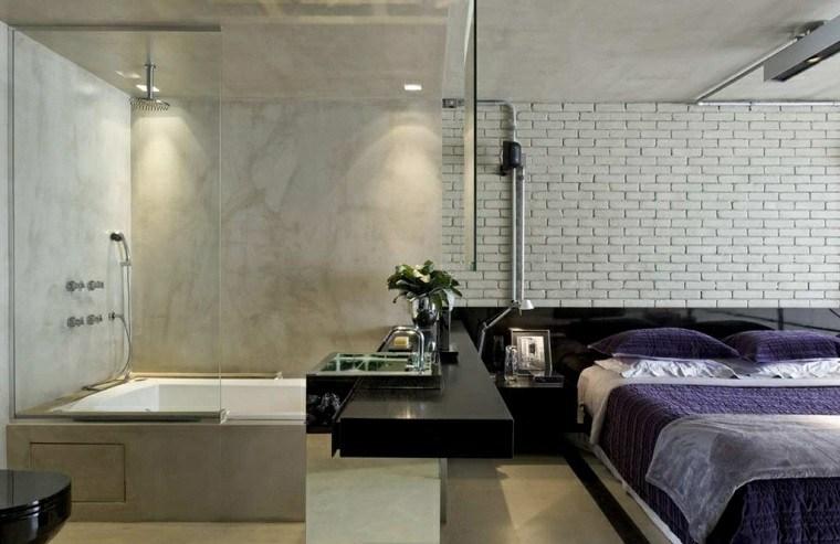 dormitorio-con-ducha-pared-ladrillo